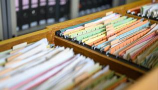 سامانه کنترل مدارک تضمین کیفیت